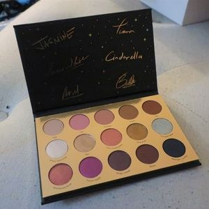 ColourPop-It's a Princess Thing eyeshadow Palette